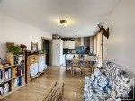 Charming, 2 bedroom apartment in an ideal location.