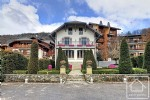 A majestic 6 bedroom villa, ideally located on the edge of the beautiful village of Samoëns.