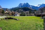 A sunny plot of land with excellent panoramic views of the Dent d'Oche.