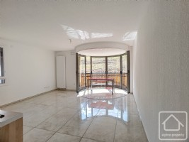 A brand new apartment, located in the centre of Abondance.