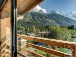 Fully renovated penthouse apartment in the Chamonix valley with uninterrupted views of Mont Blanc.