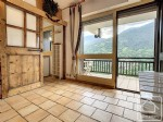 Charming studio apartment with small bedroom, overlooking the village and close to the ski slopes