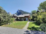 Beautiful 4 bedroom contemporary chalet in a fabulous central location