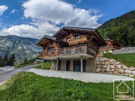 A stunning, almost brand new chalet, in a sunny, calm location in Abondance with far reaching views.