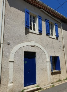 Very pretty village house with character with 75 m² of living space and terrace of 24 m².