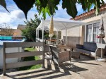 Spacious, single storey and lightfull villa with 140 m² of living space on 621 m² with pool.