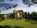 Beautiful Toscan style villa with 200 m² of living space on 2421 m² with super views !