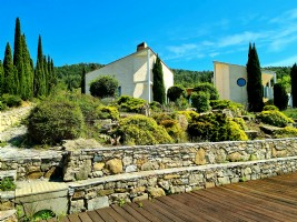 Unique location for this architect villa with 5 bedrooms on 1838 m² with pool and 360° views !
