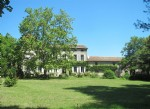 Domaine with Maison de Maitre and gites set within 3,3 hectares of unspoilt parkland.