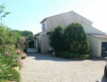 Detached villa with 125 m² of living space on a 1074 m² plot with beautiful garden.