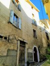 Charming house with 7 bedrooms, stone stable, convertible attic and 2 terraces with views !