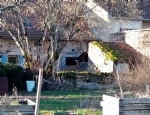 Pretty village house T4 with courtyard, garden, well, outbuildings