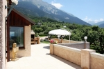 Large house, 5 apartments, superb panoramic view of Lake Embrun
