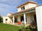 6-room villa with garage on swimming pool land 684 m2