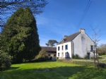 Attractive house and farm buildings to renovate