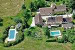 Sarlat, Rare property of 715 m2 on 4 hectares - gites and guest rooms.