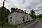 farmhouse for complete renovation near Frevent
