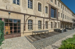 Wmn3341701, Exceptional Character Property - Seillans