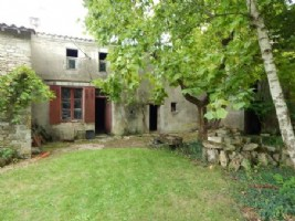 Village House for sale 728m2 land ,South facing