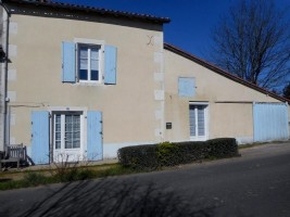 Village House for sale 2 bedrooms 543m2 land ,Walk to shop ,South facing