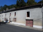 Village House for sale 3 bedrooms 1099m2 land ,Walk to shop ,South facing ,Very good condition