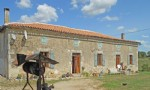 Farm for sale 4 bedrooms 49323m2 land ,Pool,Over 1 acre land