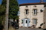 Nicely presented hamlet house with garden of 473m² close to Chateauponsac