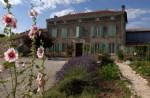 Maison de Maitre on 3 floors, 3 bedrooms, large garden. Charente Maritime