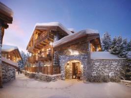 For Sale : 3 bedrooms Ski Chalet in MERIBEL.