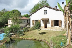 2 bed Fishermans Cottage, Pool, Montbron