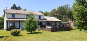 Modern house for sale Dordogne 3 beds, 3 bathrooms, large kitchen/diner, pool and views