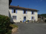 Renovated L shaped farmouse with gîte on 3000 m² on land