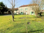 Character house, 5 bedrooms, 3110m² of land.