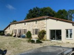 Farmhouse with no near neighbours on over 4 hectares of pasture land