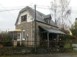 Stone built house with 2 bedrooms, to finish renovating