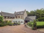 Fabulous 5 bedroom family home, beautifully decorated and in excellent condition