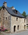 Exclusive - moncontour: superb stone house with workshop and garden with its riv