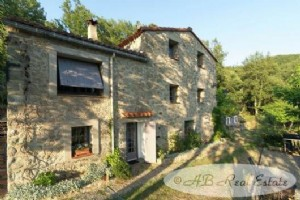 Beautifully renovated 18th Century Catalan Stone Mas, several buildings forming a hamlet,