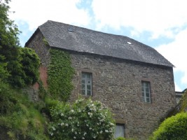 ONLY 11,500 euros for this property in a beautiful location.