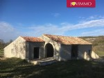 Stone Barn with extension, to fit out, on a land of 5000m² with great views.