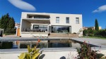 *Magnificent modern villa with pool in central location