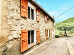 *Charming stone cottage with spacious conservatory