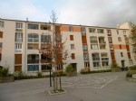 *Ground floor apartment, 2 bedrooms, good views and walking distance to all amenities