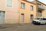 *House to renovate, central Narbonne.