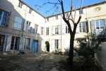 *Beautiful bourgeois 4 bedroom apartment in an historic Hotel particuliar