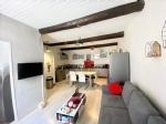 *Town house with terrace!