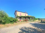 *Old train station converted into an atypical house on 651m2 of land!