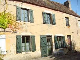 Renovated village house near amenities