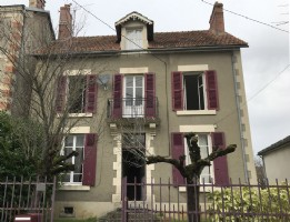 Detached townhouse with garden