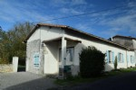 Stone House 4 Bedrooms, Large Garden and Pool - Near Champagne Mouton
